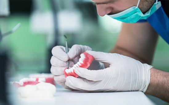 Prothèses dentaires fixes Nice